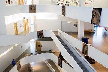 Global Arts Institute - architecture